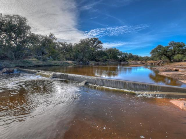 4033 E Hwy 29, Llano, TX 78643 (MLS #76686) :: Absolute Charm Real Estate