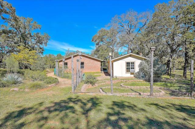 2804 -- Lower Crabapple Rd, Fredericksburg, TX 78624 (MLS #76763) :: Absolute Charm Real Estate
