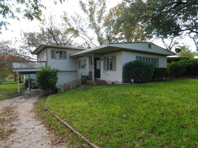 405 -- Plum St, Fredericksburg, TX 78624 (MLS #76791) :: Absolute Charm Real Estate