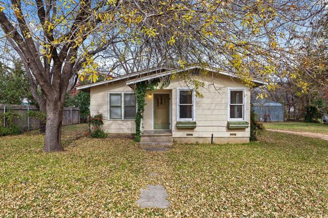 512 W College St, Fredericksburg, TX 78624 (MLS #76921) :: Absolute Charm Real Estate