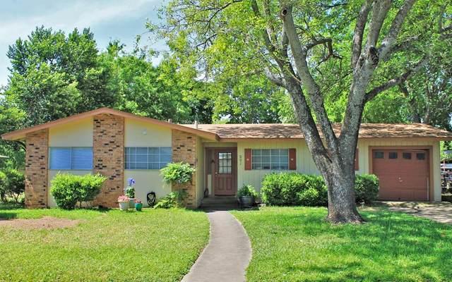 209 W Mulberry St, Fredericksburg, TX 78624 (MLS #79496) :: Reata Ranch Realty