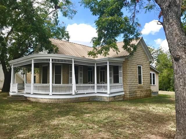 402 S Adams St, Fredericksburg, TX 78624 (MLS #80921) :: Reata Ranch Realty