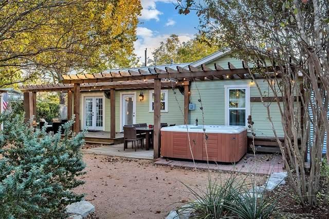 308 E Burbank St, Fredericksburg, TX 78624 (MLS #81012) :: Reata Ranch Realty