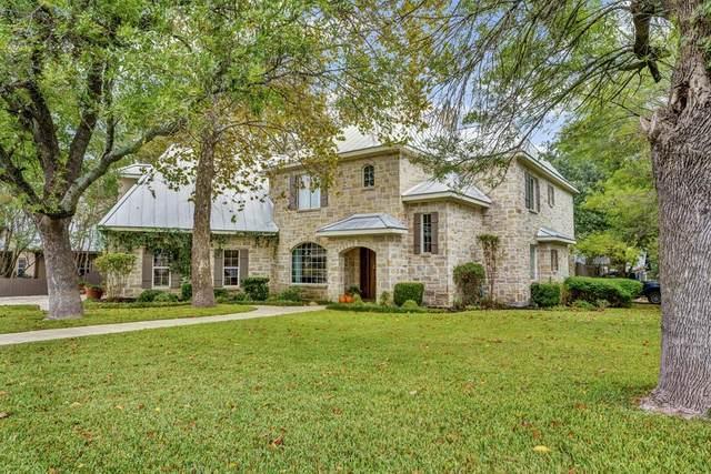 201 N Cherry St, Fredericksburg, TX 78624 (MLS #81057) :: Reata Ranch Realty