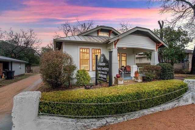 205 N Milam St, Fredericksburg, TX 78624 (MLS #81580) :: Reata Ranch Realty