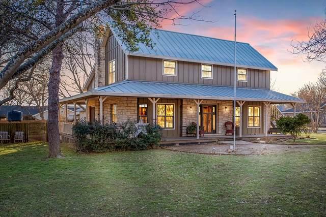 611 W Burbank St, Fredericksburg, TX 78624 (MLS #81599) :: Reata Ranch Realty