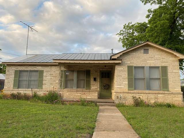 208 W Hackberry, Fredericksburg, TX 78624 (MLS #82061) :: Reata Ranch Realty