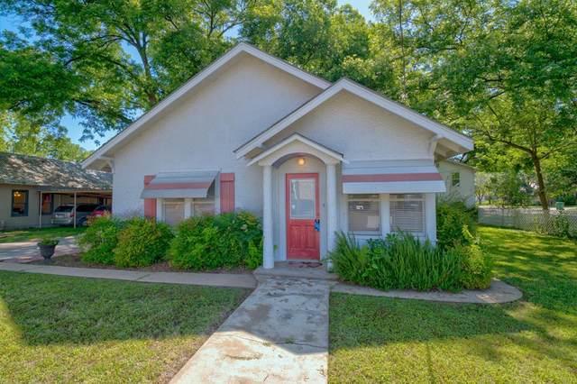 808 -- Oatman, Llano, TX 78643 (MLS #82063) :: Reata Ranch Realty
