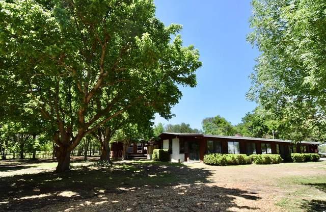 142 SW Royal Oaks Dr, Kerrville, TX 78028 (MLS #82162) :: Reata Ranch Realty