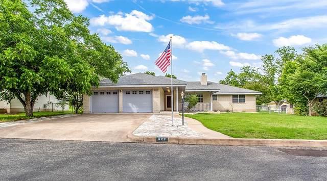 322 W Nimitz St, Fredericksburg, TX 78624 (MLS #82211) :: The Lugo Group