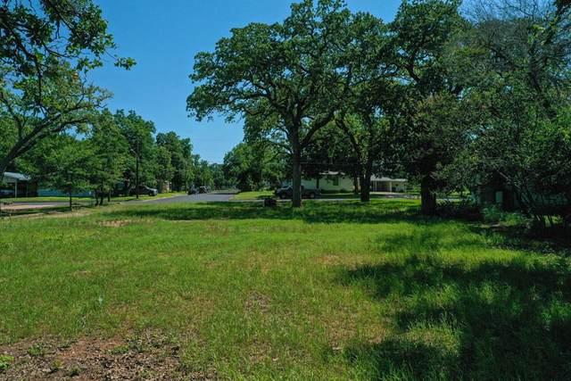 513 E College St, Fredericksburg, TX 78624 (MLS #82212) :: Reata Ranch Realty