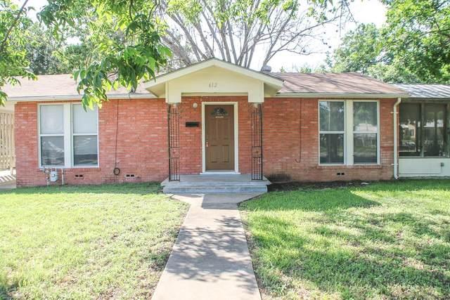 612 N Llano St, Fredericksburg, TX 78624 (MLS #82216) :: Reata Ranch Realty