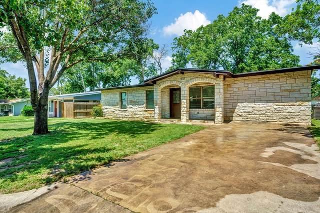 810 -- Pecan St, Fredericksburg, TX 78624 (MLS #82217) :: Reata Ranch Realty