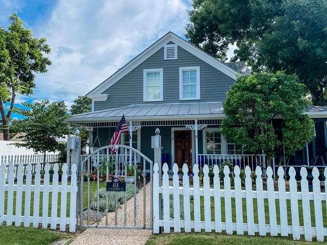 414 E Schubert St, Fredericksburg, TX 78624 (MLS #82284) :: Reata Ranch Realty
