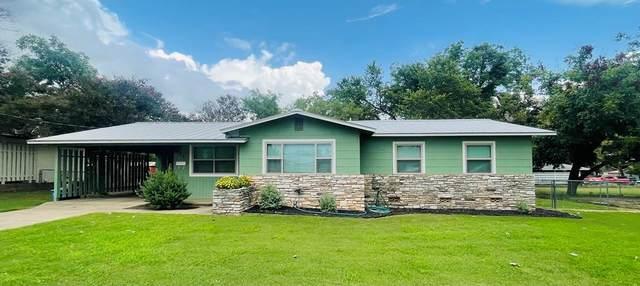903 N Milam St, Fredericksburg, TX 78624 (MLS #82788) :: Reata Ranch Realty