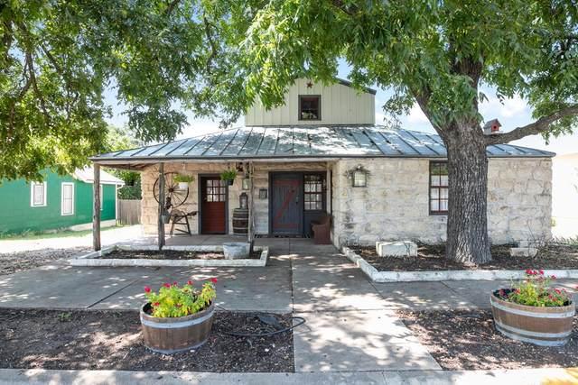 313 W San Antonio St, Fredericksburg, TX 78624 (MLS #82812) :: The Glover Homes & Land Group