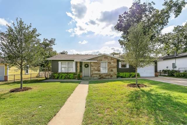 333 W Burbank St, Fredericksburg, TX 78624 (MLS #82920) :: The Glover Homes & Land Group