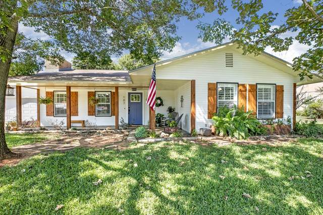 107 W Driftwood Dr, Fredericksburg, TX 78624 (MLS #82966) :: The Glover Homes & Land Group