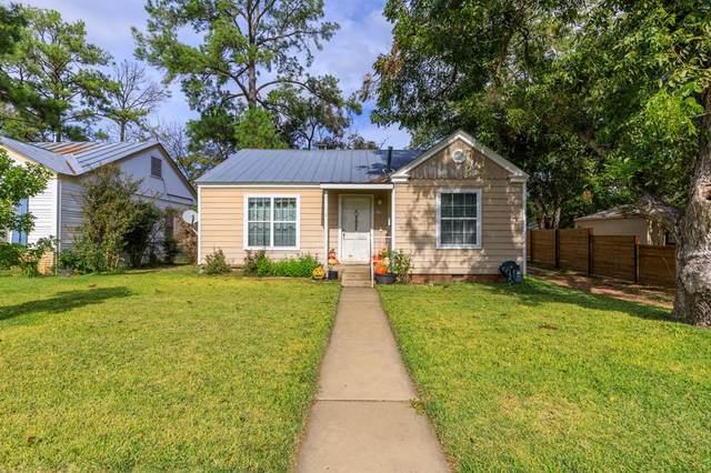 212 W Centre St, Fredericksburg, TX 78624 (MLS #83040) :: Reata Ranch Realty