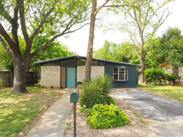 207 W Mulberry St, Fredericksburg, TX 78624 (MLS #75557) :: Absolute Charm Real Estate
