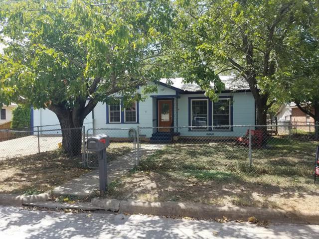 915 -- Bell, Fredericksburg, TX 78624 (MLS #76017) :: Absolute Charm Real Estate