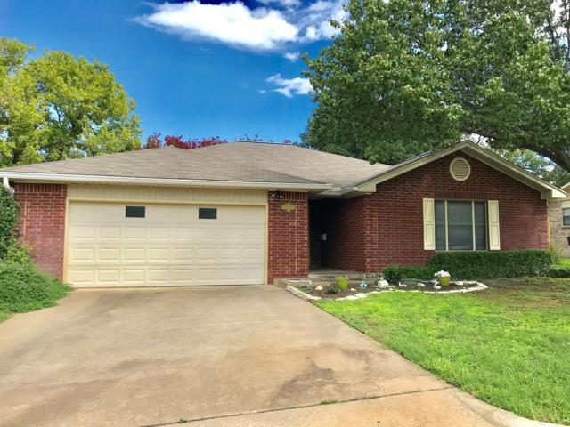 1003 -- Henrietta St, Fredericksburg, TX 78624 (MLS #76041) :: Absolute Charm Real Estate