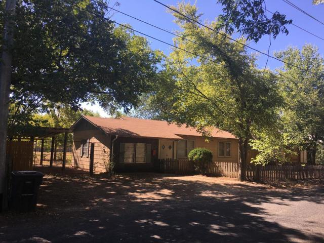 303 S Elk, Fredericksburg, TX 78624 (MLS #76437) :: Absolute Charm Real Estate