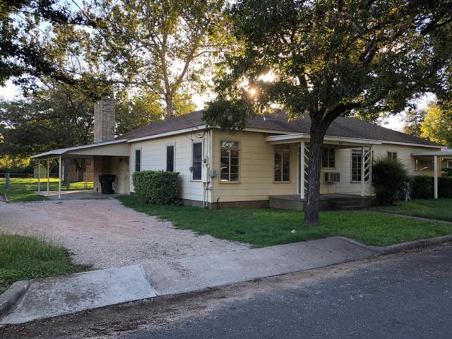 607 W Peach St, Fredericksburg, TX 78624 (MLS #76590) :: Absolute Charm Real Estate