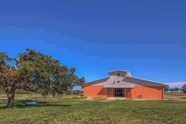 320 -- Scenic Vista Dr, Fredericksburg, TX 78624 (MLS #76696) :: Absolute Charm Real Estate
