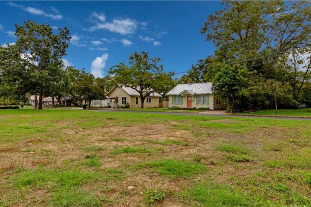 212 W Mistletoe St, Fredericksburg, TX 78624 (MLS #76594) :: Absolute Charm Real Estate