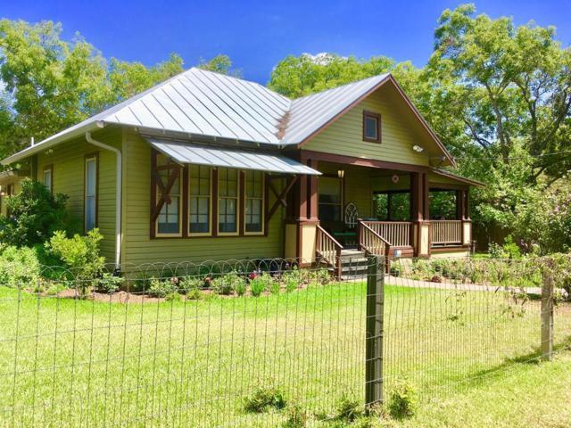 514 W College St, Fredericksburg, TX 78624 (MLS #76416) :: Absolute Charm Real Estate