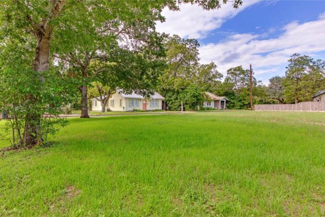 211 W Schubert St, Fredericksburg, TX 78624 (MLS #76595) :: Absolute Charm Real Estate