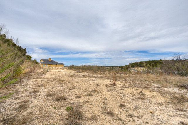 1827 N Foothills Drive, Kerrville, TX 78028 (MLS #68287) :: Absolute Charm Real Estate