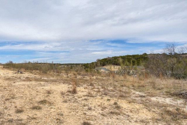 1825 N Foothills Drive, Kerrville, TX 78028 (MLS #68288) :: Absolute Charm Real Estate
