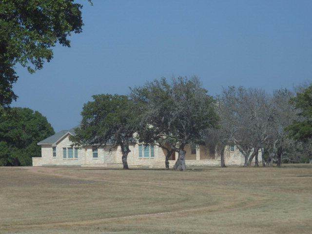2000 -- Reeh Rd, Fredericksburg, TX 78624 (MLS #72176) :: Absolute Charm Real Estate