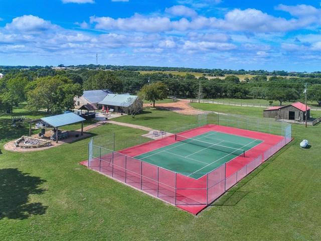 2175 -- Wendel Ahrens Rd, Fredericksburg, TX 78624 (MLS #74649) :: Absolute Charm Real Estate