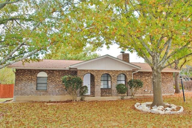 215 -- Crestwood Dr, Fredericksburg, TX 78624 (MLS #74869) :: Absolute Charm Real Estate