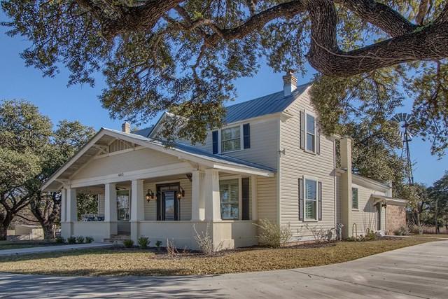 403 W Live Oak St, Fredericksburg, TX 78624 (MLS #75015) :: Absolute Charm Real Estate