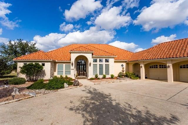 3705 E Club View Court, Kerrville, TX 78028 (MLS #75148) :: Absolute Charm Real Estate