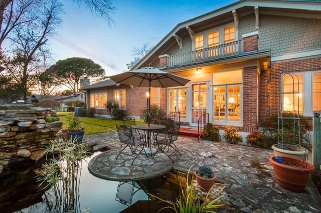101 E Hackberry, Fredericksburg, TX 78624 (MLS #75242) :: Absolute Charm Real Estate