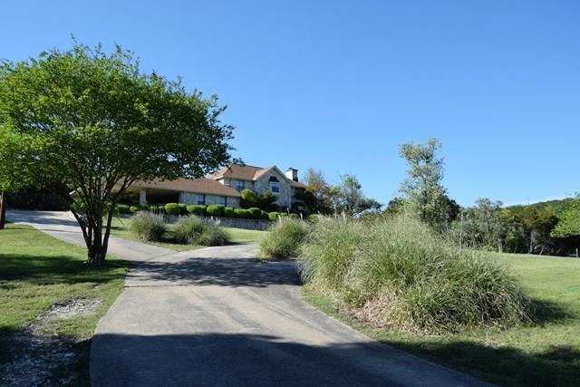 265 N Aqua Vista Dr., Kerrville, TX 78028 (MLS #76299) :: Absolute Charm Real Estate