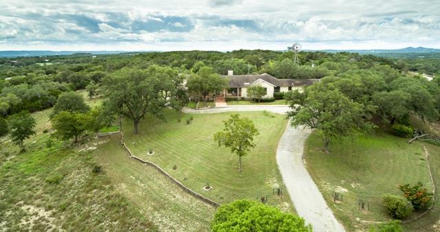 898 -- Logans Way, Blanco, TX 78606 (MLS #76572) :: Absolute Charm Real Estate