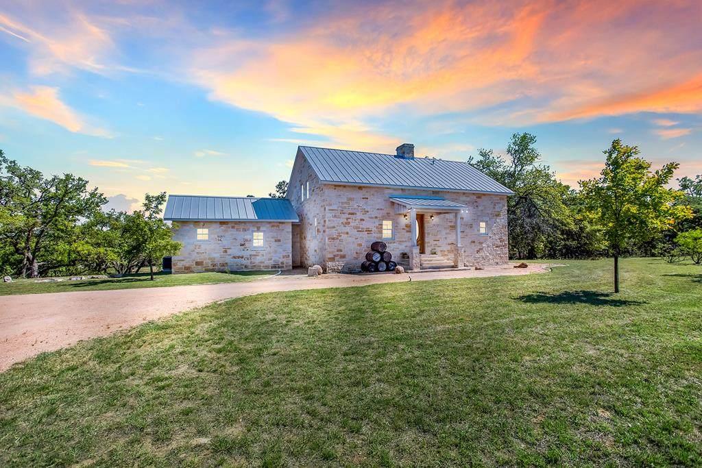 3574 Ranch Rd 965 - Photo 1
