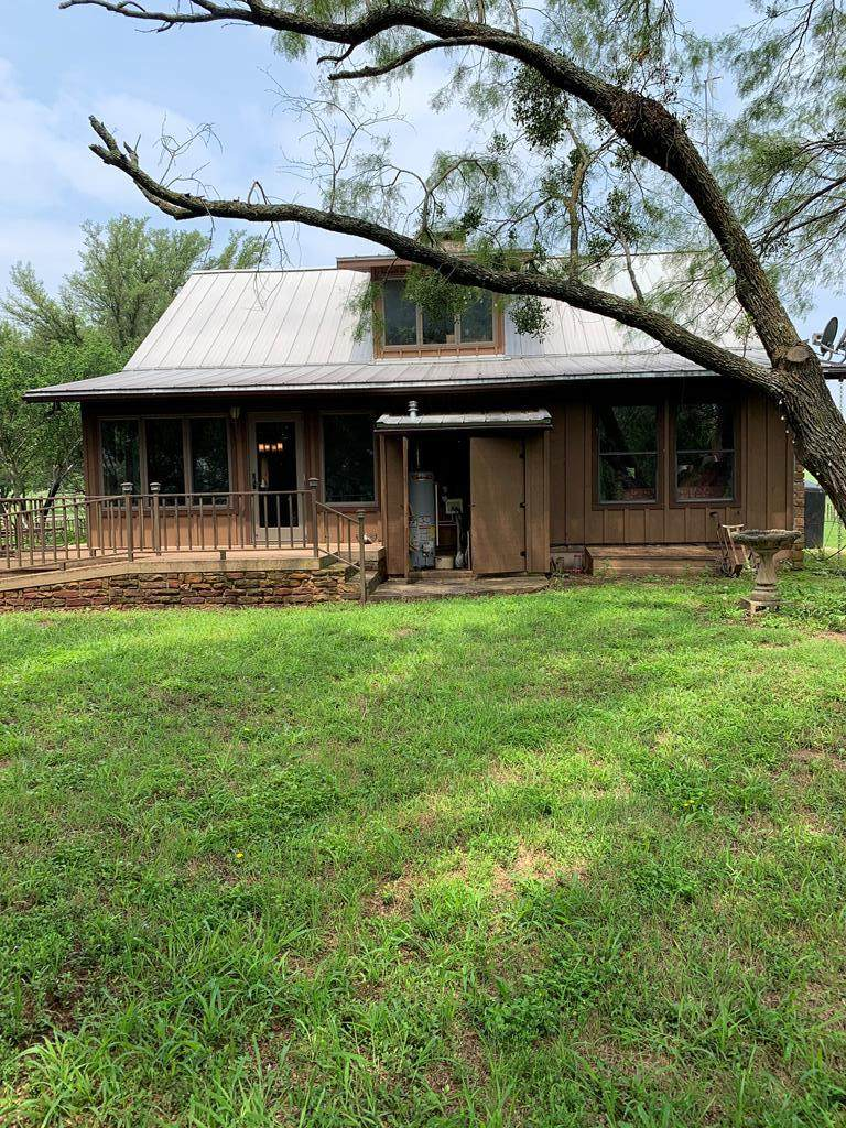 789 Country Rd - Photo 1