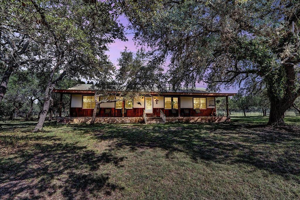431 Ranch Rd 335 - Photo 1