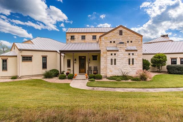 840 -- Scenic Vista Dr, Fredericksburg, TX 78624 (MLS #74823) :: Absolute Charm Real Estate