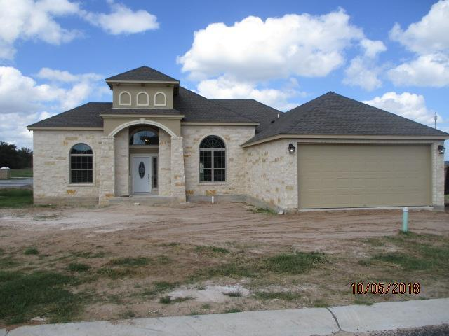 704 -- Emory Dr, Fredericksburg, TX 78624 (MLS #76048) :: Absolute Charm Real Estate