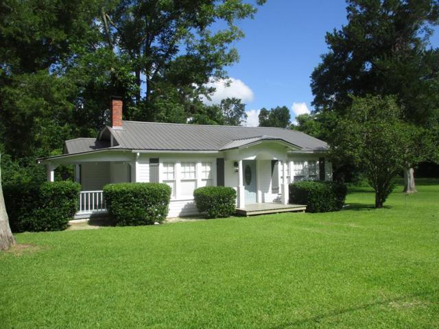 306 South Rushing Street, Glennville, GA 30427 (MLS #128009) :: Coldwell Banker Holtzman, Realtors