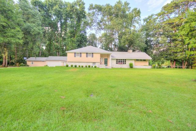 412 Timberlane Circle, Hinesville, GA 31313 (MLS #128113) :: Coldwell Banker Holtzman, Realtors