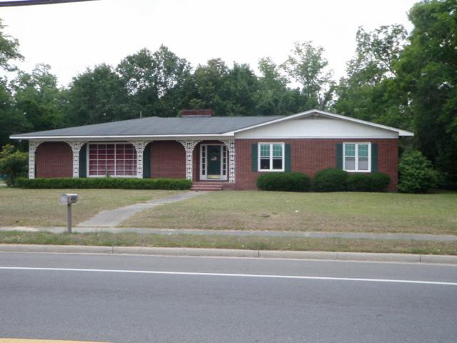 404 West Barnard Street, Glennville, GA 30427 (MLS #131256) :: Coldwell Banker Holtzman, Realtors
